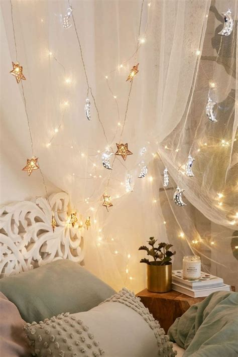 Lichterkette Im Schlafzimmer by Led Lichterkette Sorgt F 252 R Eine Verlockende Atmosph 228 Re