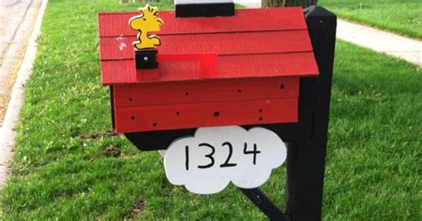 snoopy mailbox snoopy pinterest snoopy mail boxes