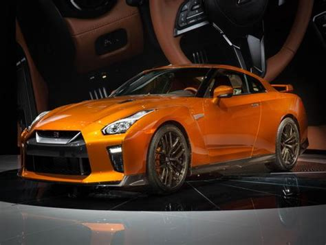 nissan gtr  preview  godzilla rampages