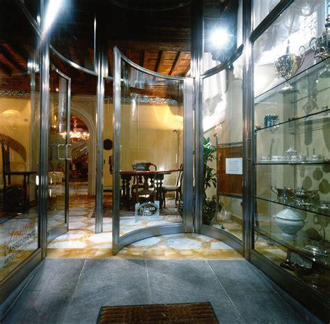 infisso porta infisso e vetro curvo per porta d ingresso vetreria