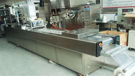automatic thermoforming vacuum food packing machine continuous stretch film vacuum sealer
