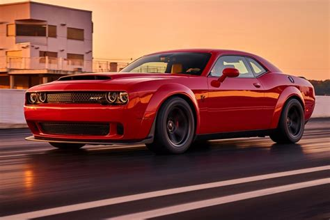 Is The Dodge Challenger The Last True American Muscle Car ...
