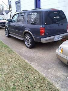 Ford Expedition Motor Oil