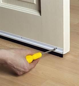 comment isoler un bas de porte marie claire With isolation bas de porte