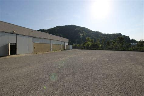 capannoni bergamo capannoni in vendita a villa d alm 232 cambiocasa it