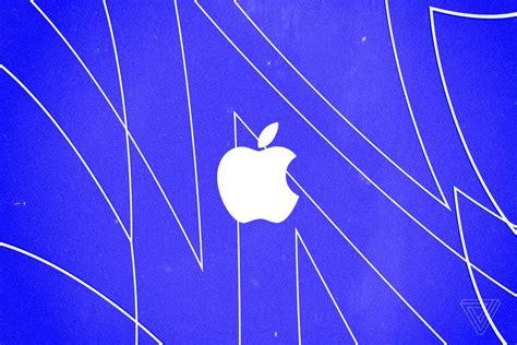 apple races     trillion dollar company