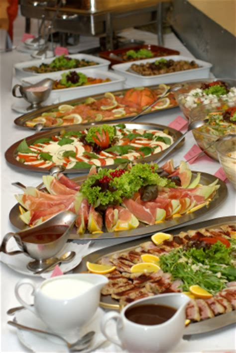 How To Set Up An Elegant Buffet Table Setting  Better Cater