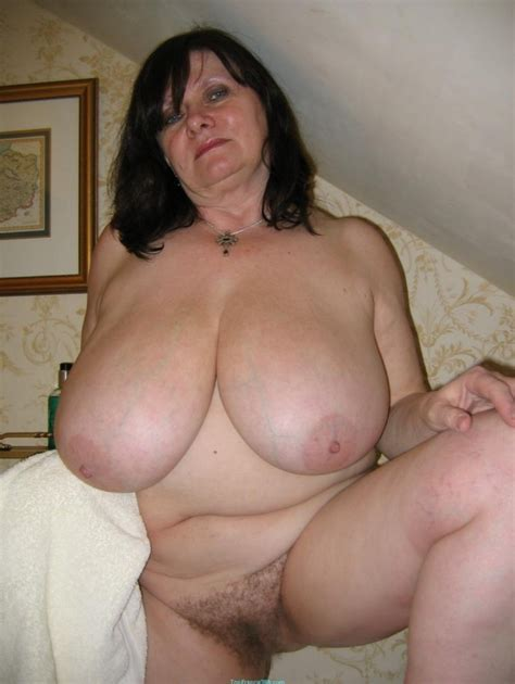 1711965190 In Gallery Full Nude Mature Granny Oma