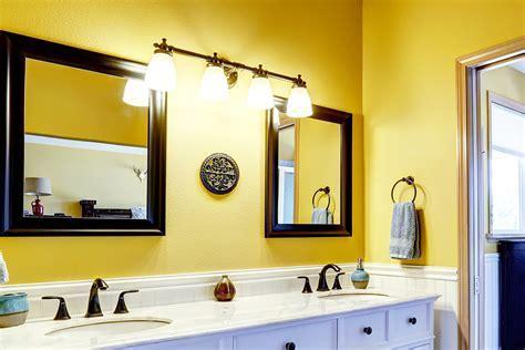 24 Yellow Bathroom Ideas   InspirationSeek.com