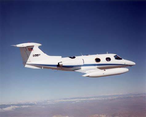 Lear Jet 23/24/25/28/29, pictures, technical data, history ...