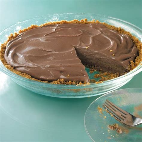 This is frozen no bake peanut butter pie recipe. Diabetes Forecast® is the Healthy Living Magazine created for you by the American Diabetes ...