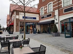 Designer Outlet Möbel Hamburg : designer shopping outlet center hamburg bei neum nster sparen ~ Frokenaadalensverden.com Haus und Dekorationen