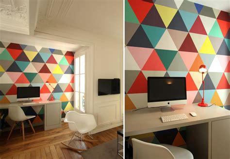 papier peint bureau papiers peints géométriques pour un bureau au fil