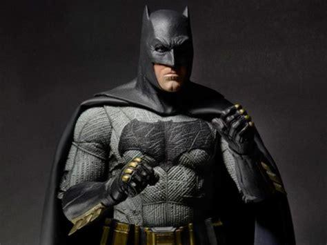 Batman V Superman Batman 1/4 Scale Figure