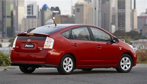 toyota recalls  cars  prius hybrids