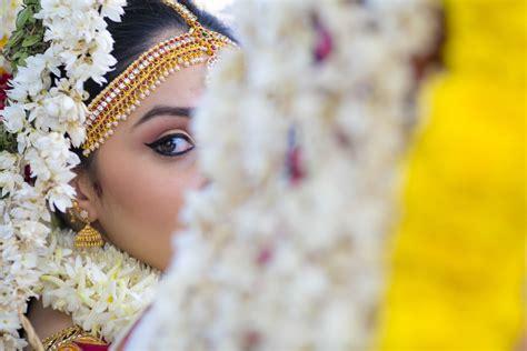 vibrant stunning showcase  indian wedding photographer