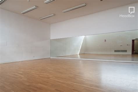 Book Dance Studio, Oxford House (london)