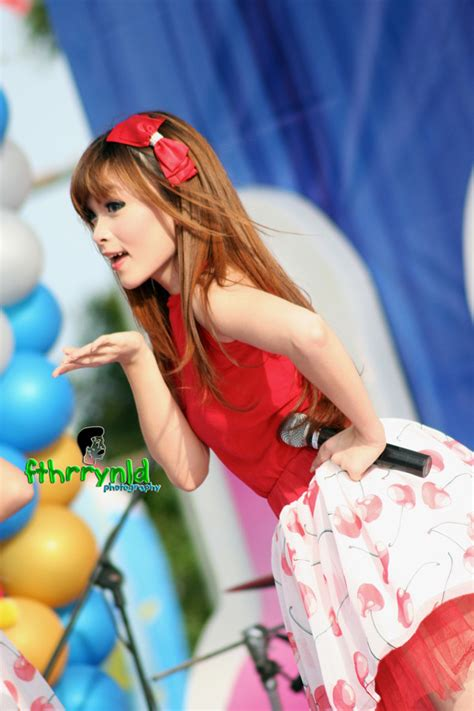 Foto Scoopy Tahun 2012 Hd by Cherrybelle Indonesia Foto Cherrybelle At Ulang Tahun