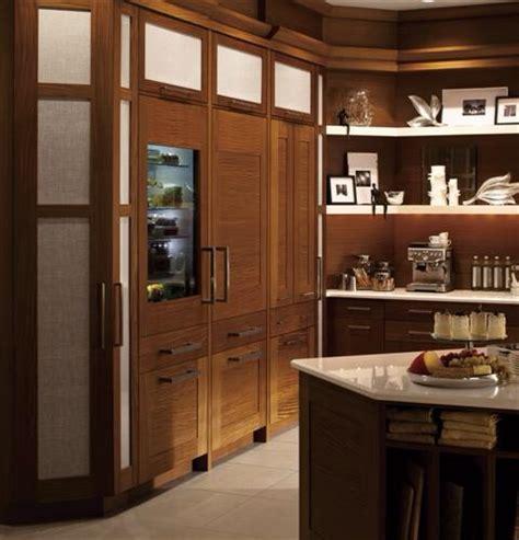 deciding  stainless appliances  cabinet panels universal appliance  kitchen