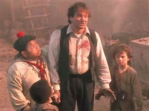 'Hook' co-star Raushan Hammond talks Robin Williams, sword ...