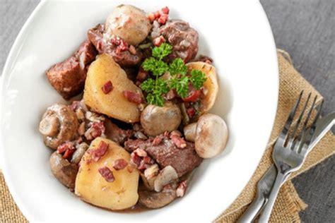 quel vin pour cuisiner un boeuf bourguignon quel vin pour cuisiner boeuf bourguignon 28 images boeuf bourguignon la kiwi zine la cuisine