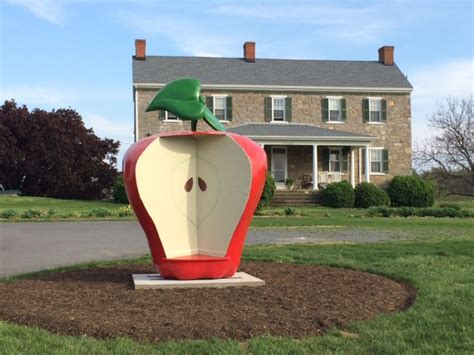 visit  apple capital   world  virginia