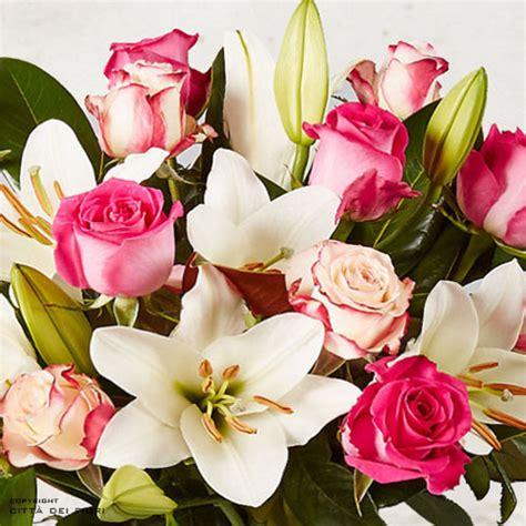 spedire mazzo di fiori san valentino mazzo fiori spedire verona consegna arielle