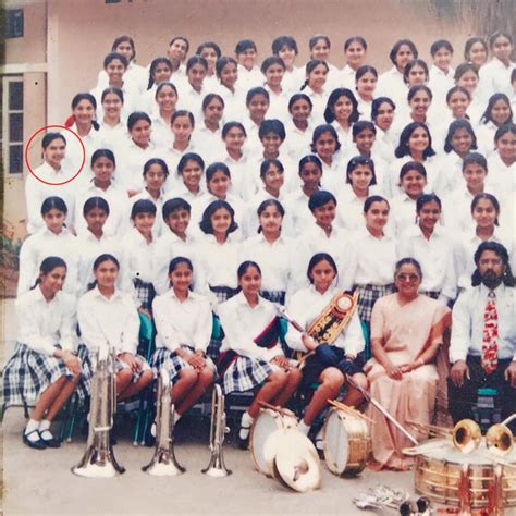 Deepika Padukone's School Photo Goes Viral! Can You Spot