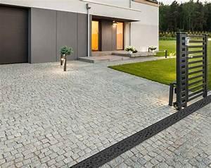 Grille Gouttiere Brico Depot : aco propose des grilles de caniveau design et fonctionnelle ~ Dailycaller-alerts.com Idées de Décoration