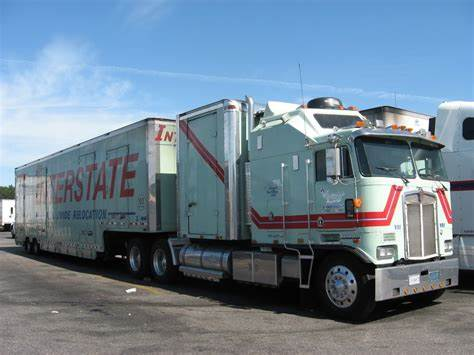 This file can be used for making models in 3d modeling programs. Kenworth K100 Blueprints : Kenworth Toy Truck Plans | Wow Blog : This 1980 kenworth book details ...