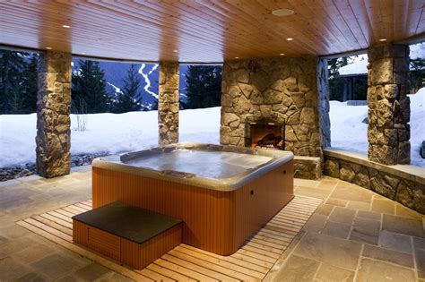 tub vs spa what s the difference