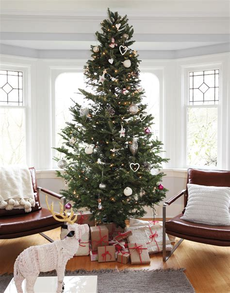Tree Decorating Ideas Pictures by 8 Tree Decorating Trends For 2016