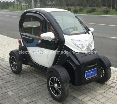 New Small Electric Car by China New Cheap Recreational Vehicle Small Mini