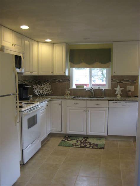 Kitchen Classics Narragansett   Traditional   Kitchen