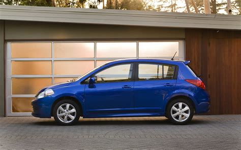 Nissan Versa Hatchback by Nissan Versa Hatchback 2012 Widescreen Car Pictures