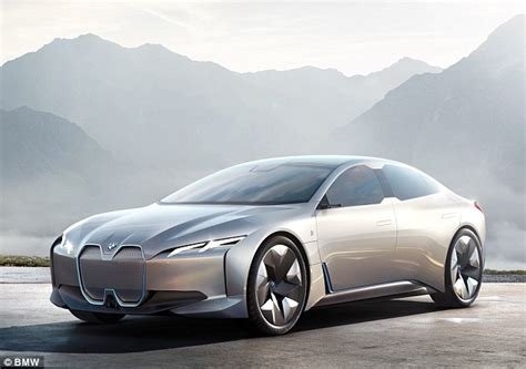 Bmw Electric Vehicle 2020 by Bmw S 2020 Electric Family Car With A 373 Mile Range