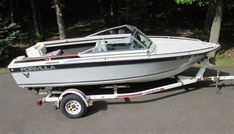 Formula Boats With Outboards by 18 Formula Thunderbird Boat F18 Powerboat Runabout