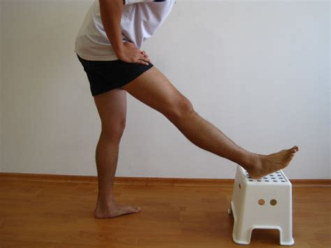 hamstring tendonitis symptoms recovery time