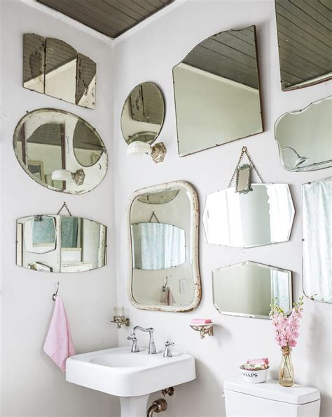 Retro Bathroom Mirrors by 16 Vintage Decorating Ideas From Inside A 19th Century