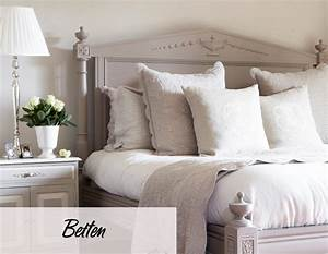 Bett Mit Kissen Dekorieren : inspirierende schlafzimmer tipps bei westwing ~ Bigdaddyawards.com Haus und Dekorationen