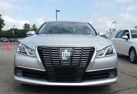 Toyota Crown Royal Saloon Driving The 'hybrid Brougham