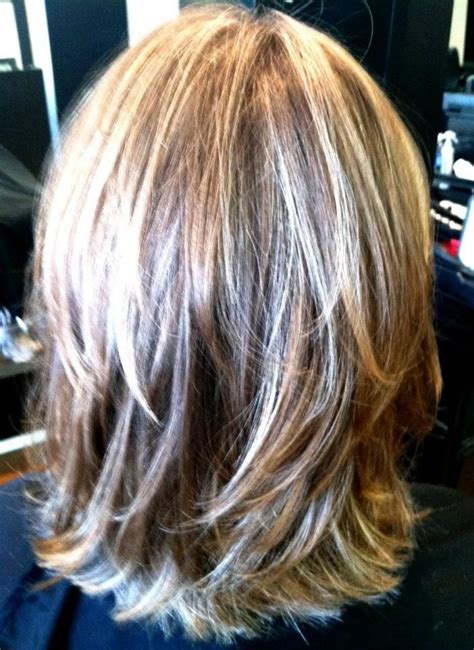 Shoulder length hair with cute layers wonder how it