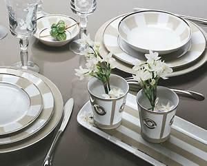 Service De Table Porcelaine : vaisselle and tables on pinterest ~ Teatrodelosmanantiales.com Idées de Décoration