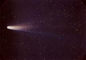 Halley's Comet   astronomy   Britannica.com