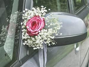 Deko Auto Hochzeit : blumendeko auf der hochzeit mit schleierkraut schleierkraut hochzeit blumenschmuck hochzeit ~ A.2002-acura-tl-radio.info Haus und Dekorationen
