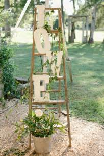 decor photobooth mariage 40 chic ways to use ladder on rustic country weddings deer pearl flowers