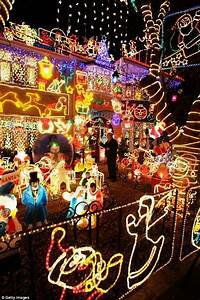 45, 000, Home, Christmas, Lights, The, Glowing, House, In, Wiltshire