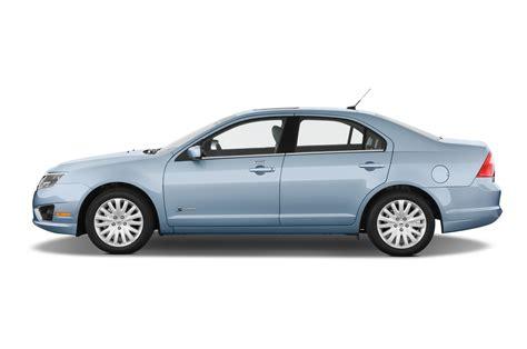 Ford Midsize Hybrid Sedan Review