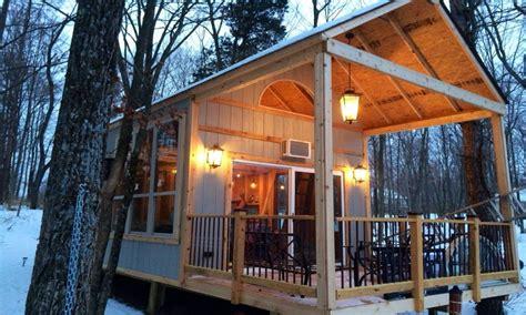 grid cabin tiny house plans homesteading   grid living lakeside cabin plans