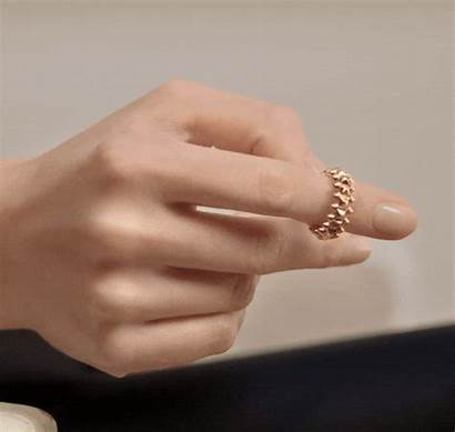 Cartier Clash Ring Pink Bague Soft Touch